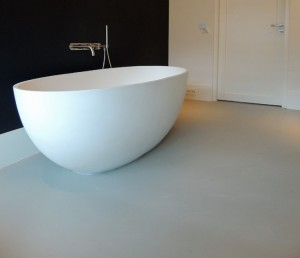 design gietvloer in badkamer